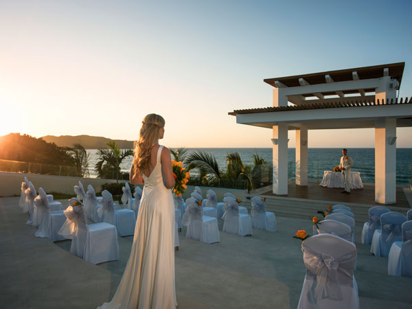 Fall In Love With The Destination Wedding Of Your Dreams