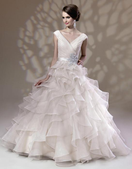 Wedding dresses SS2013 (designers K to Y) - TodaysBride.ca