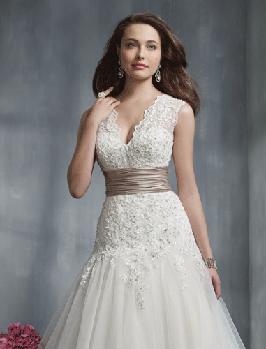 Alfred Angelo - Style 2243