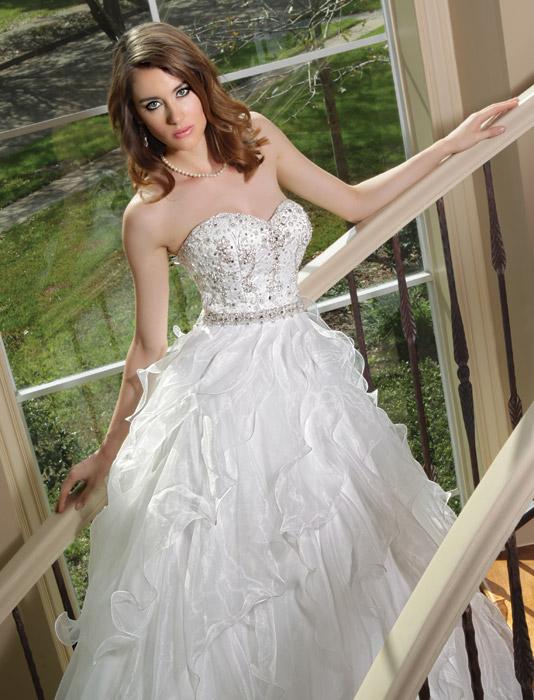 86a5f22824 Wedding dresses FW2012 (designers A to I) - TodaysBride.ca