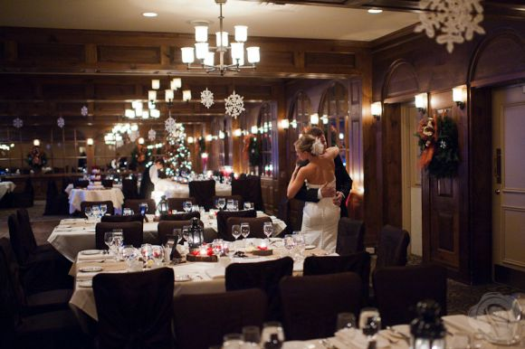 A Canadian Winter Themed Wedding In Niagara On The Lake Ontario