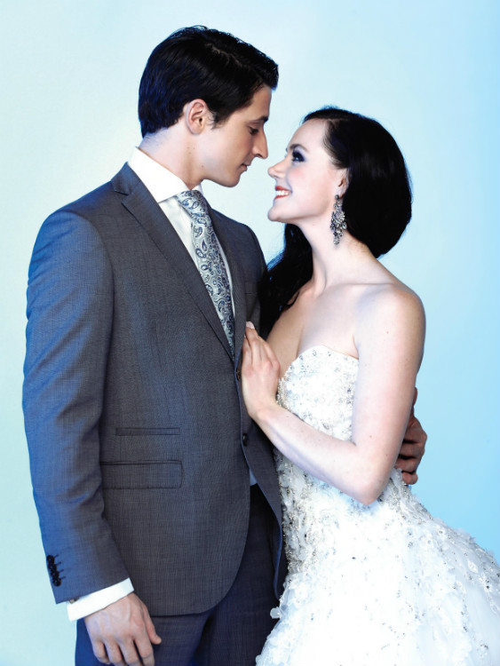 http://mediafiles.canadianbride.com/Images/Galleries/tessa-virtue-scott-moir-sochi-05.jpg