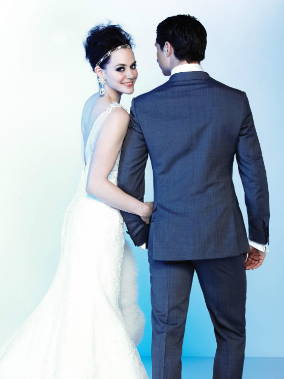 http://mediafiles.canadianbride.com/Images/Galleries/tessa-virtue-scott-moir-sochi-10.jpg