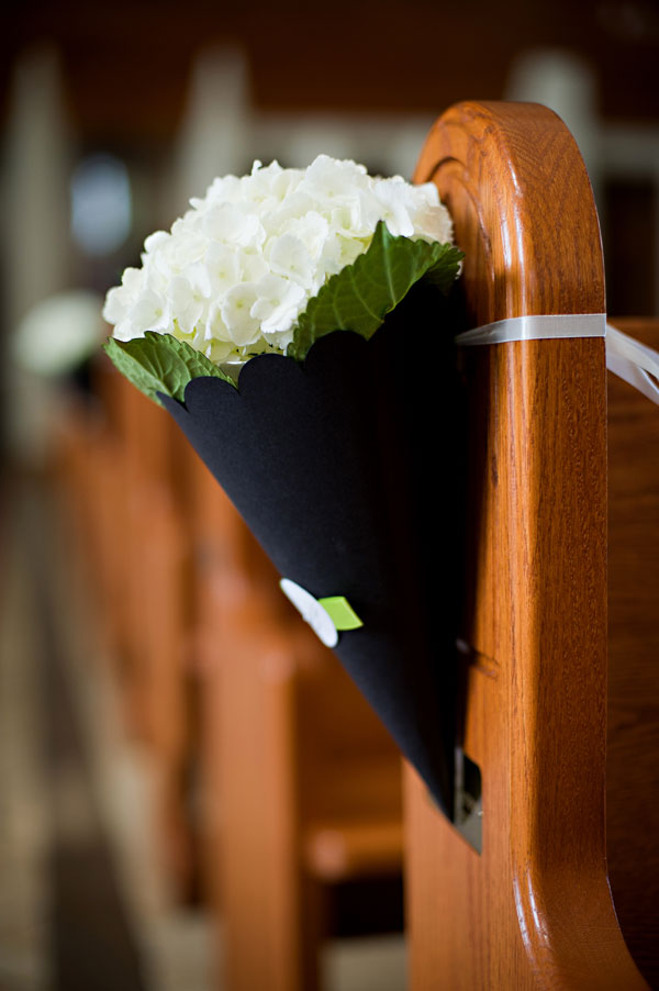 A Classic Black And White Wedding In London Ontario Todaysbride Ca