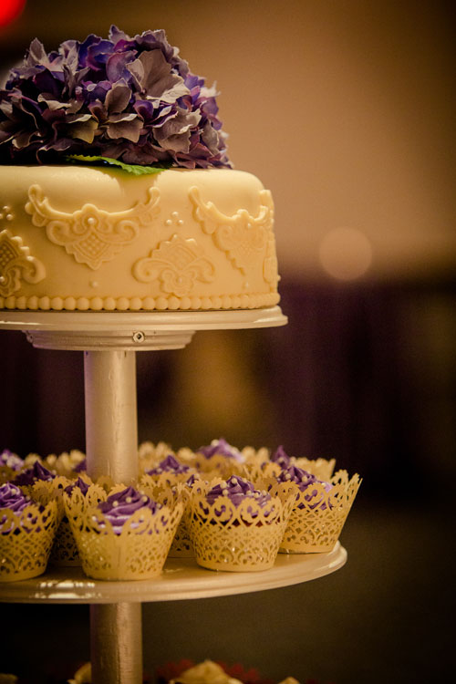 A Stunning Vintage Wedding With Purple And Ivory Details In Niverville Manitoba Todaysbride Ca