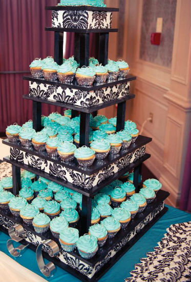 A Bold Black White And Turquoise Wedding In Alliston