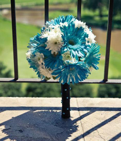 Caribbean Wedding Flowers: Ideas For Your Bridal Bouquet And Wedding Flowers