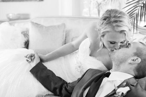 An Elegant Wedding With Colourful Details In Hamilton Ontario Todaysbride Ca