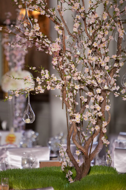 A Cherry Blossom Wedding In Markham Ontario Todaysbride Ca