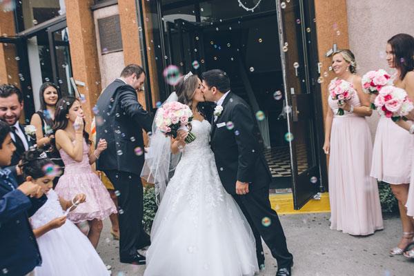 An Elegant Outdoor Wedding In Toronto Ontario: A Beautiful & Elegant Wedding With Pink Details In Toronto