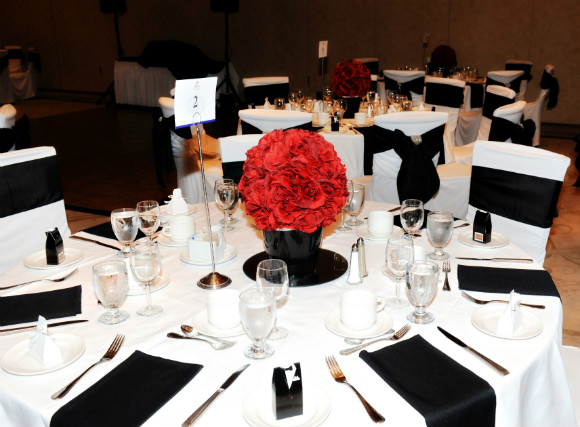 A Classic Black White And Red Wedding In Dorchester