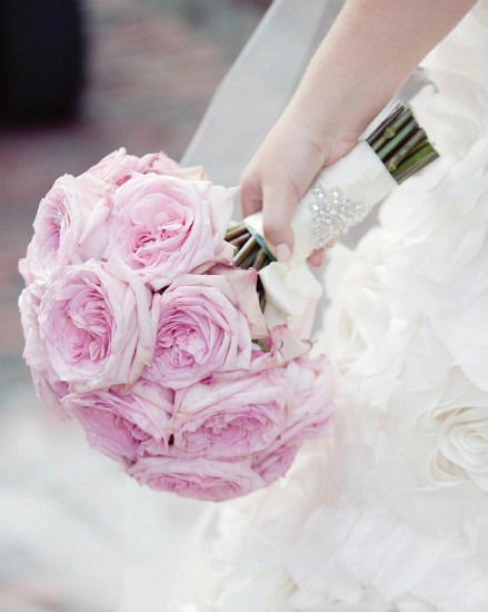 Ideas for your bridal bouquet and wedding flowers ...
