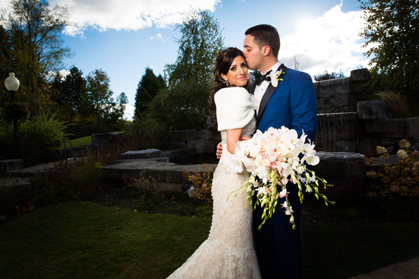 An Elegant Vintage Wedding With Navy Accents In Caledon